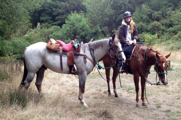 scout-and-cali-with-kelsey-horse-camping.720.487.s